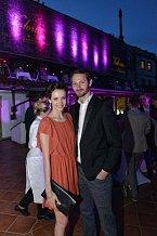 Večer v restauraci Valoria si užili i Gábina Kratochvílová s přítelem.