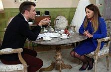 Leoš v seriálu Svatby v Benátkách s Alicí Bendovou.