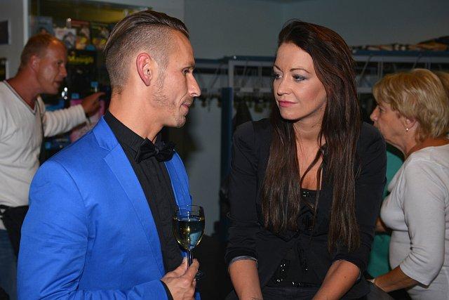Agáta Prachařová přišla s manželem a pohovořila s aktérem P. Dolinajcem