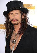 Drsňáku Stevenu Tylerovi přidal klobouk charisma