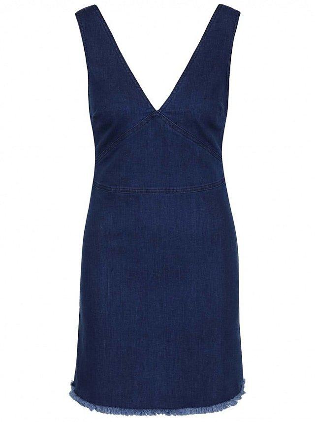 82e4d0bb6d7 Riflové šaty pro letní dny. Modré džínové šaty Miss Selfridge