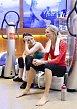 Po náročném tréninku se dámy chystají odebrat do vířivky v relaxační zóně