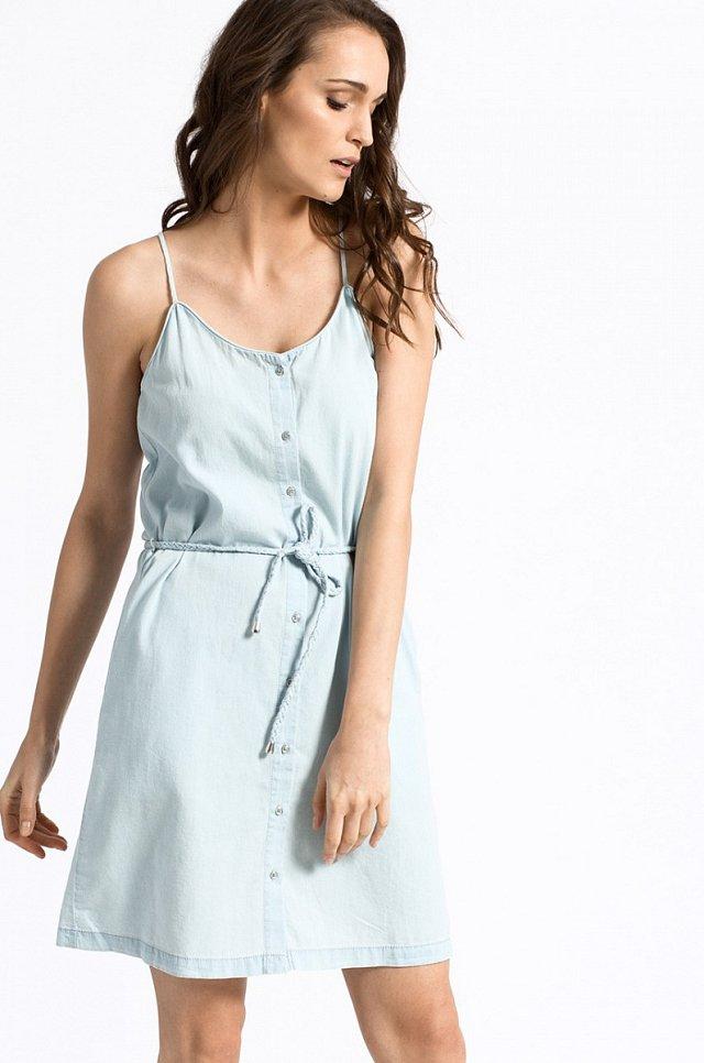 0d28aedf437 Riflové šaty pro letní dny - Story