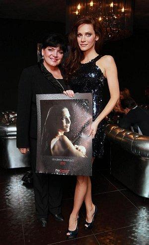 Andrea Verešová se svou maminkou.