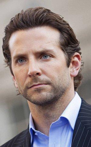 Bradley Cooper (Všemocný)