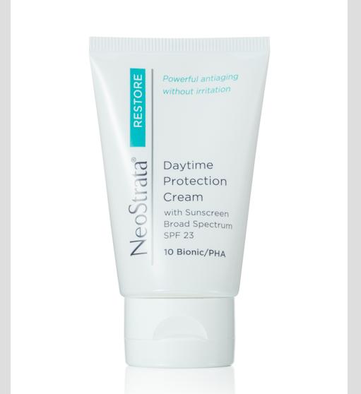 NeoStrata Daytime Protection Cream SPF 23, zvláčňující denní krém s ochranným faktorem, vitaminem E a extraktem z hroznů odrůdy Chardonnay pro suchou a citlivou pleť; www.neostrata.cz, 40 g za 1100 Kč