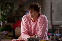 Ashtonu Kutcherovi to ve filmu Valentine´s day sluší opravdu moc