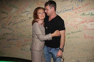Stašová se s Renčem setkala například při natáčení Románu pro ženy.