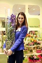 Slavnostní otevření nové prodejny moderovala Lucie Krížová