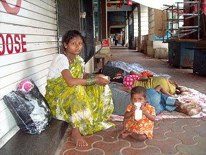 Na ulicích žijí celé rodiny