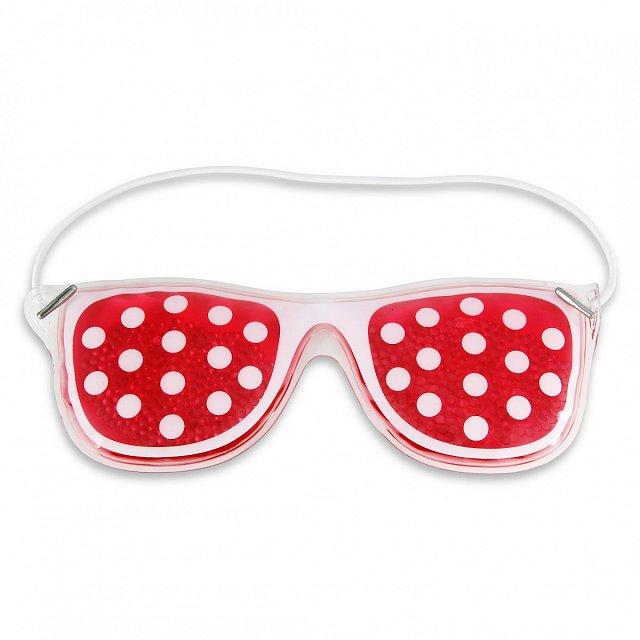Maska GEL MASK je hravá gelová maska ve tvaru brýlí osvěží a povzbudí unavené oči. Ideální po noci s nedostatkem spánku. K dostání v síti parfumerií Marionnaud za cenu 129 Kč.