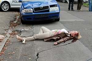 Milena Steinmasslová se v seriálu Cesty domů moc neohřála.