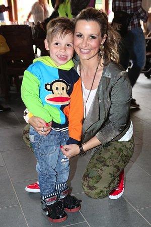 Monika Marešová se synem