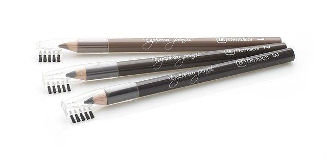 Jemná tužka pro zvýraznění obočí Soft Eyebrow Pencil, Dermacol, cena 99 Kč.