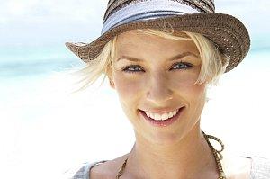 d°vka_hat_smile