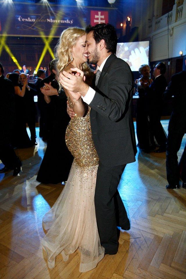 Kateřina Mátlová s přítelem Johannem se od sebe nehnuli ani na krok, s výjimkou toho tanečního.
