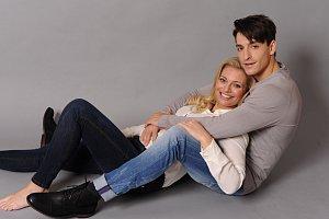 Lucie Borhyová se svým partnerem Michalem Hrdličkou zažívá vysněné rodinné štěstí.