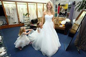 V salonu Romana řádila i s oběma dcerami