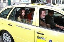 Ve filmu Andělé si zahrají také Bolek Polívka, Eliška Křenková nebo Vladimír Javorský.