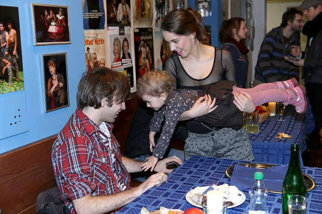 Míša Doubravová s Richardem Tomešem mají k dětem krásný vztah.