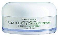 Lotusová detoxikační noční péče Lotus Detoxifying Overnight Treatment nejen detoxikuje, ale také revitalizuje, Éminence Organics, 60 ml 2050 Kč