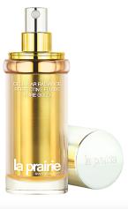 Nový Cellular Radiance Perfecting Fluide Pure Gold, zlatý peptid, posiluje účinky kolagenu pomáhá zlepšovat kvalitu pokožky přímo z jejího nitra, kde se rodí její přirozená záře. (la prairie, 40ml, cena k doptání)