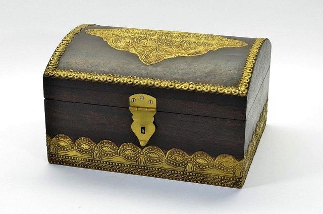 Truhlicka mosazne kovani 1370 kc