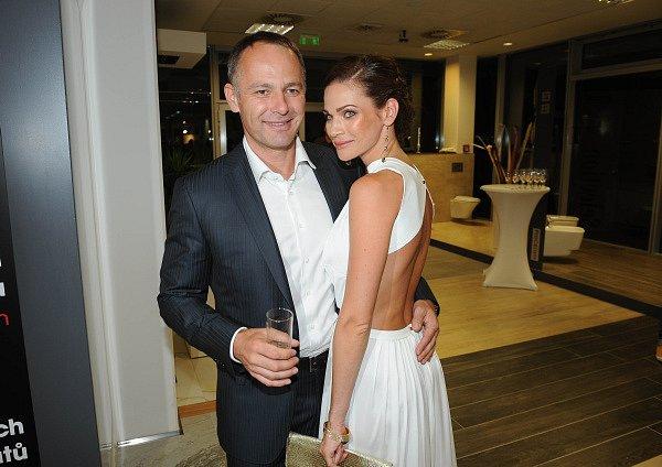 Manžel Daniel Volopich Andreu v její profesi podporuje