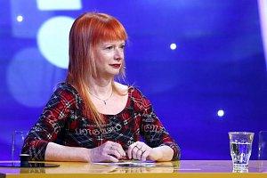 Bára Štěpánová hádá ráda, i když soutěživá prý moc není.