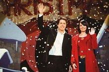 Neviděli jste Lásku nebeskou o Vánocích? Tak to u vás Hugh Grant na Valentýna nesmí chybět!