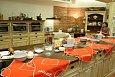 Zázemí restaurace Ola Kala, kde Kurzy vaření s časopisem Gurmet probíhají.