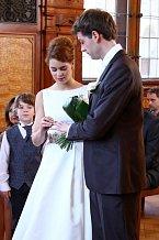 Fanoušci Cest domů se dočkali: Ti dva se konečně vzali.
