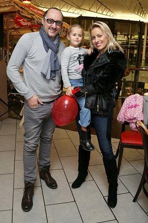 Podpořit Andreu přišli i Marian Vojtko a Tereza Mátlová s dcerou Emily.