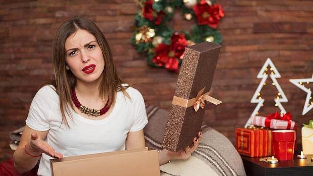 """Jak využít nechtěné dárky, které vám letos """"nadělil Ježíšek""""?"""