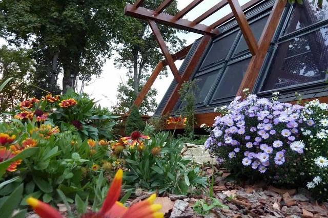 Dům na zahradě ambasády