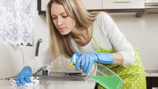 Úklid v kuchyni