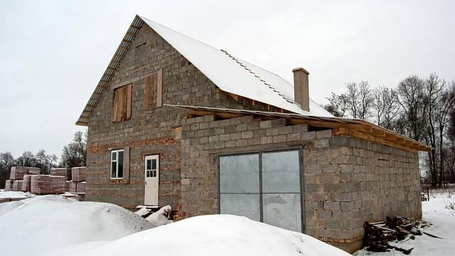 Stavba v zimě