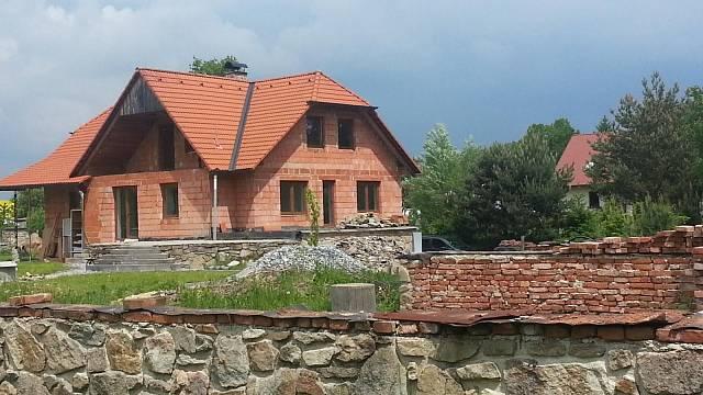 Dům samotný vypadá stále stejně