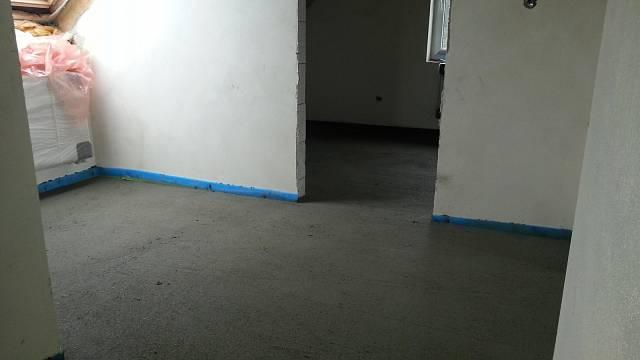 Vylité podlahy betonem