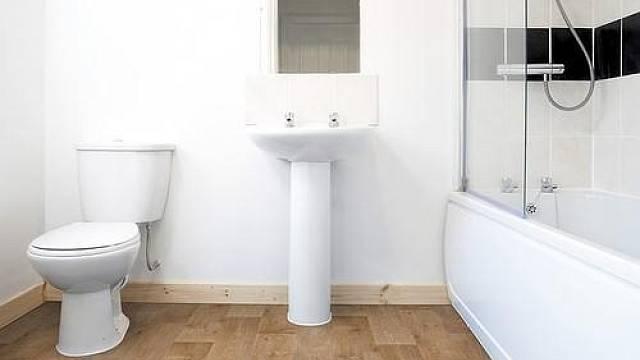 Koupelna s podlahou z PVC Gerflor