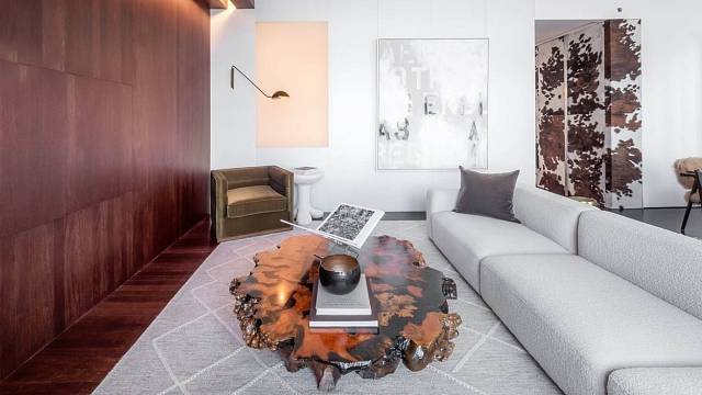 Obývací pokoj je hlavně o přírodních materiálech