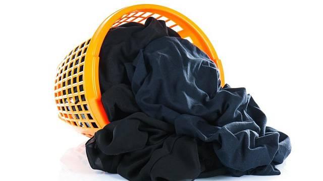 Praní černého prádla