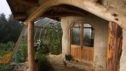 Dům si navrhl a postavil Simon Dale