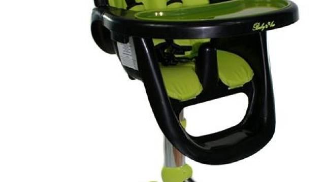 Otočná židle Spin s odnímatelným pultíkem a možností složení, k dostání v různých barevných kombinacích. Cena 2 199 Kč, MOJE DĚŤÁTKO