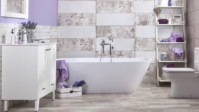 Podpořit útulnost koupelny pomáhá mnoho prvků, včetně vhodně zvolených stylových baterií, sanity, obkladů či dlažby.