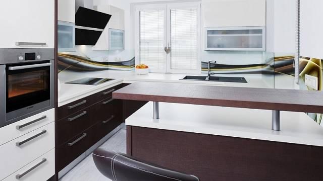 Vhodně uspořádaná kuchyně využije vše, co jí daný prostor poskytne.