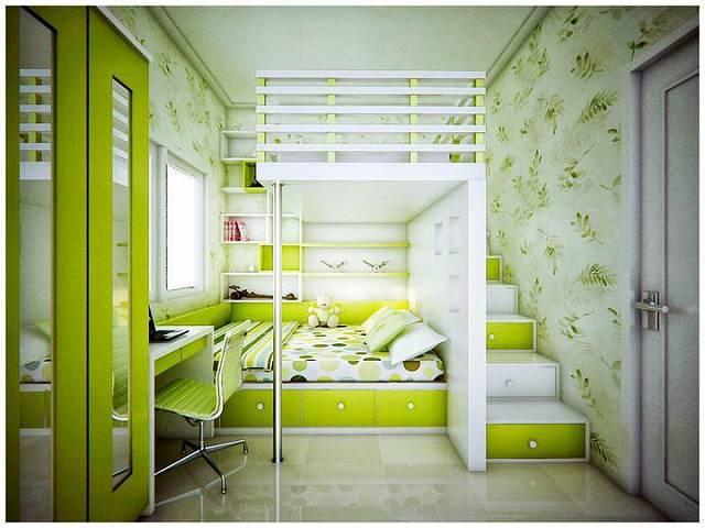 Úložné prostory pod postelí a pod schůdky, skvělé využití vysokého stropu a barevné provedení opticky zvětšující místnost.