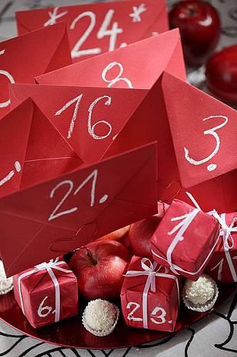 Obálkový a balíčkový adventní kalendář