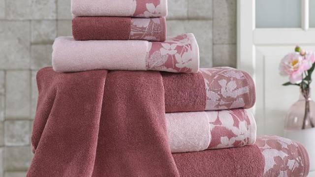 Originální ručníky se mohou snadno stát nejvýraznějším prvkem koupelny