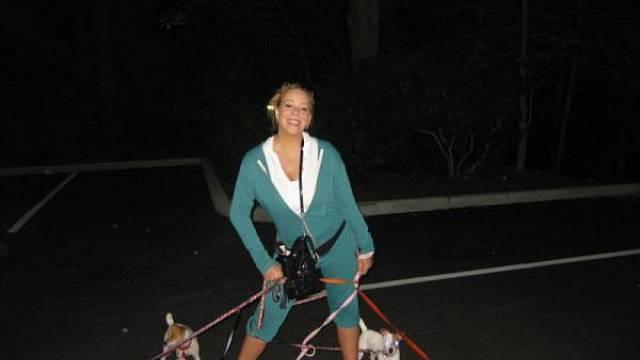 Mariah Carey na procházce se svými psy